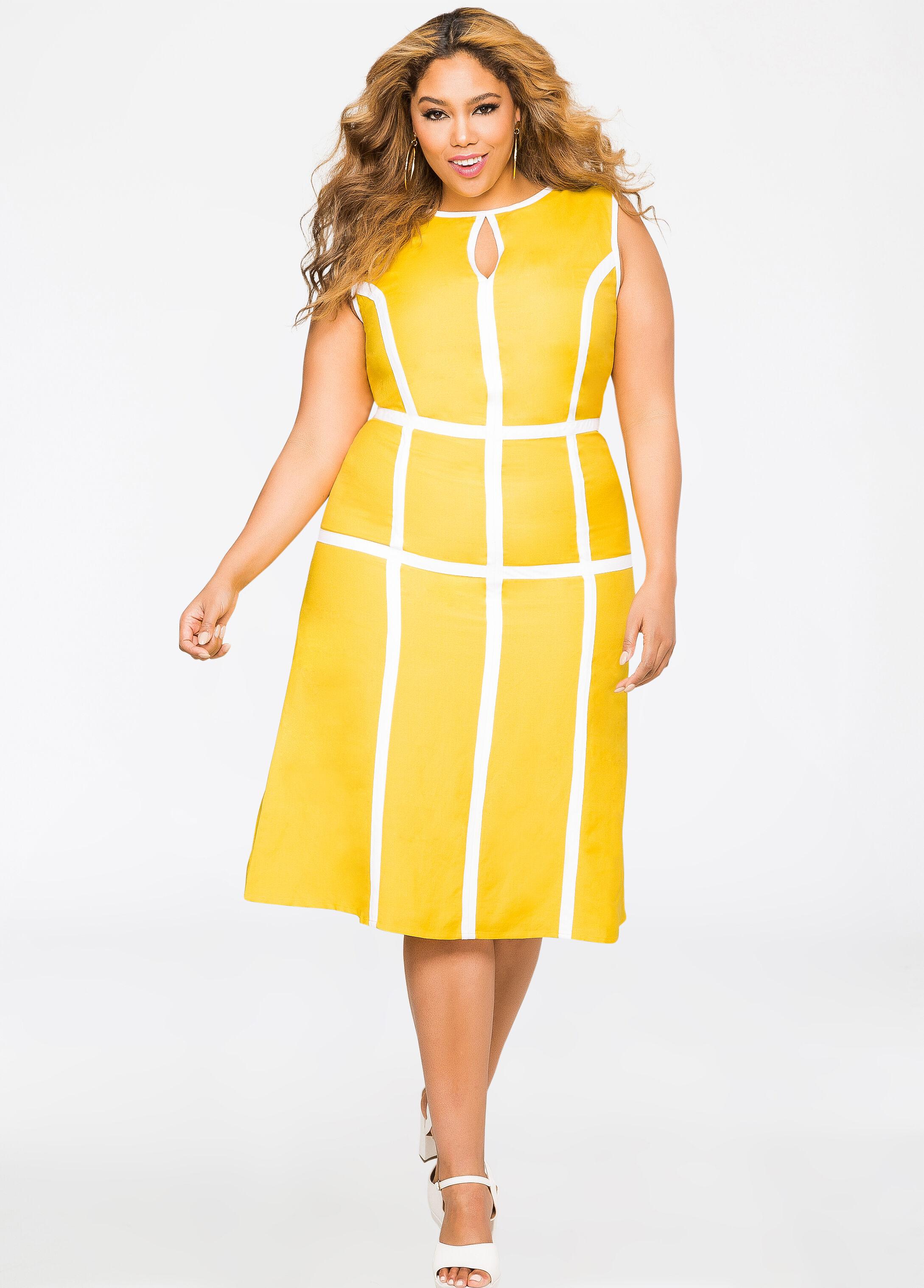 Plus Size Windowpane Keyhole Linen Dress-010-573540A