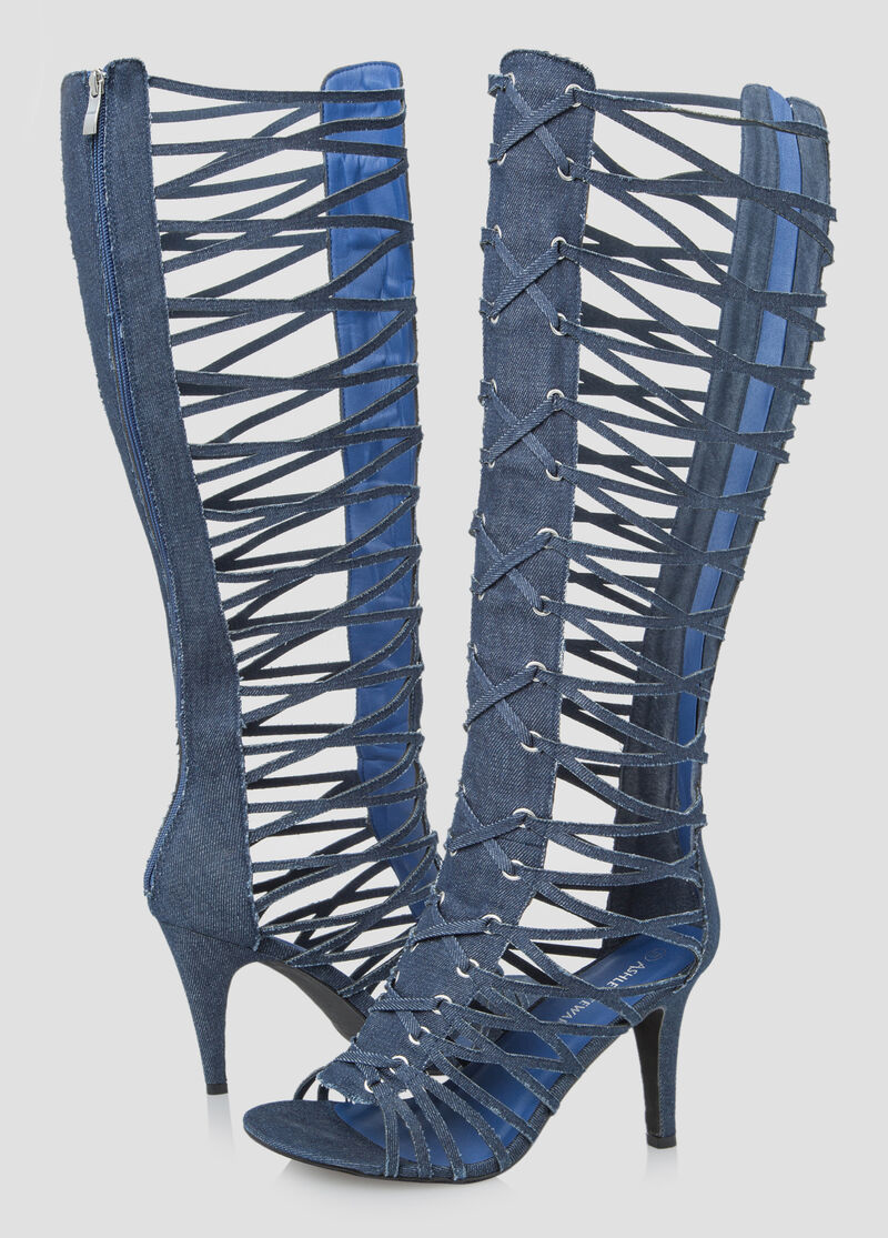 Womens sandals in wide width